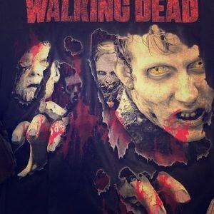 Walking Dead Swag: T-shirt, 2prs socks; small tote